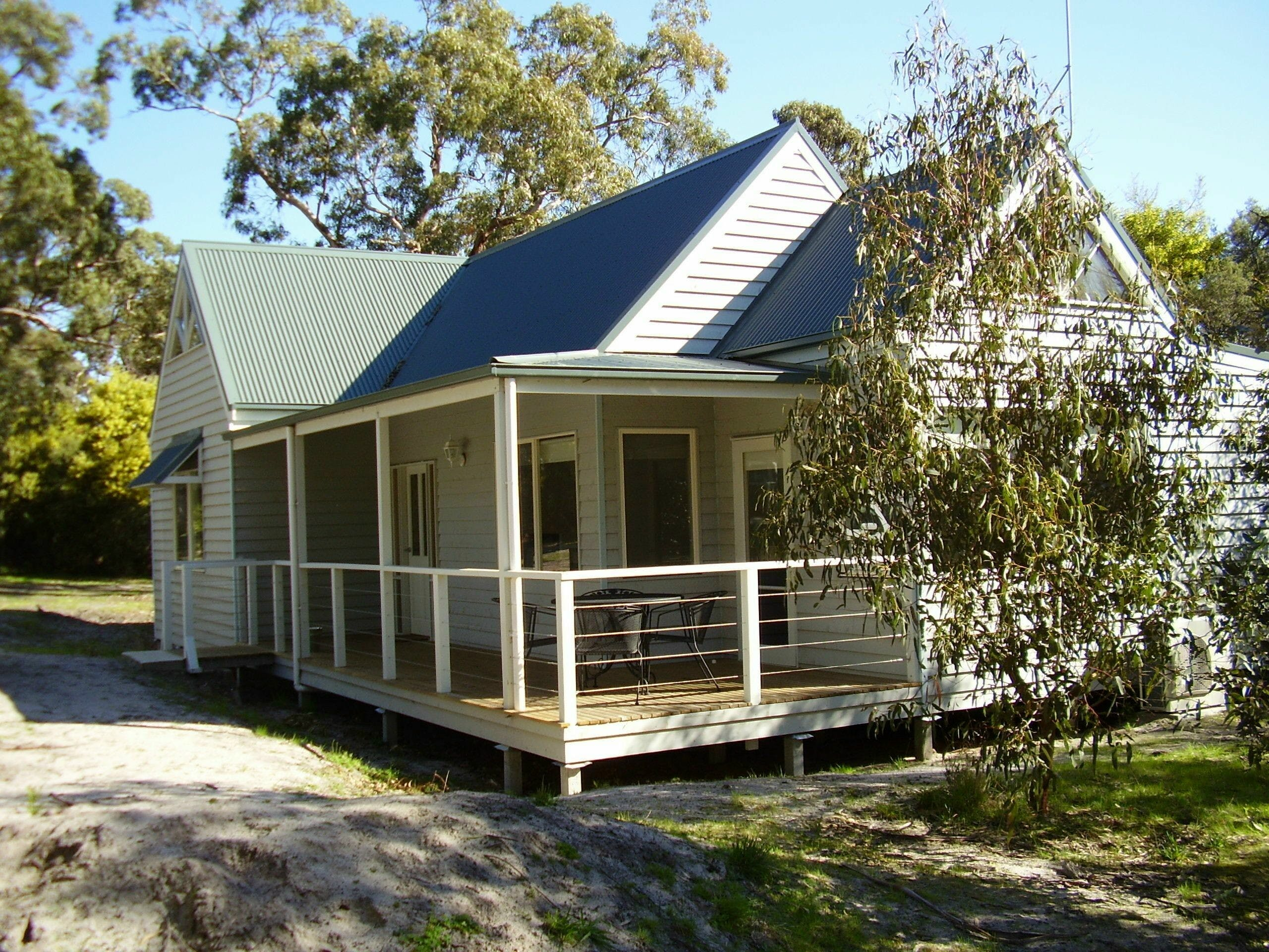 Hooked Inn Cottages - Phillip Island Accommodation