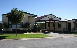 Outback Villas - Phillip Island Accommodation