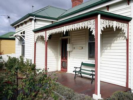 Isabella at Kyneton - Phillip Island Accommodation