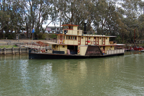 Emmylou Paddle Steamer - Phillip Island Accommodation