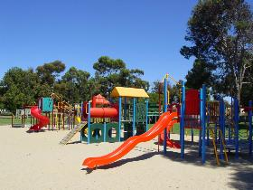 Victoria Square Kadina - Phillip Island Accommodation