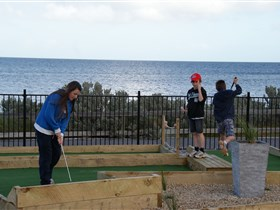 Port Vincent Putt Putt - Phillip Island Accommodation