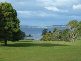 Kingston Beach Golf Club - Phillip Island Accommodation