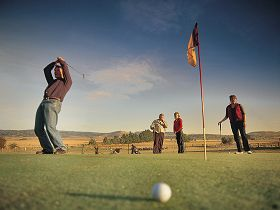 Ratho Farm  Golf - Phillip Island Accommodation