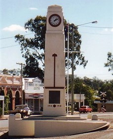 Goomeri War Memorial Clock - Phillip Island Accommodation