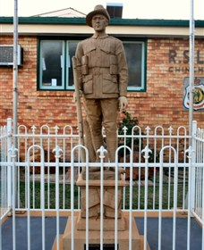 Soldier Statue Memorial Chinchilla - Phillip Island Accommodation