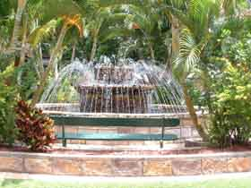 Bauer and Wiles Memorial Fountain - Phillip Island Accommodation