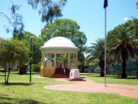 Kingaroy Memorial Park - Phillip Island Accommodation