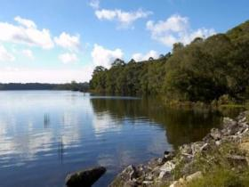 Lake Paluma - Phillip Island Accommodation