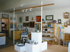 Great Alpine Gallery - Phillip Island Accommodation