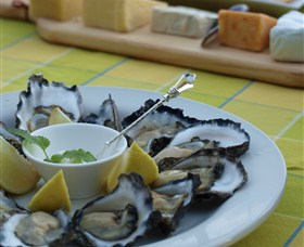 Oyster Shed on Wray Street - Phillip Island Accommodation