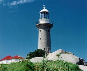 Montague Island Lighthouse - Phillip Island Accommodation