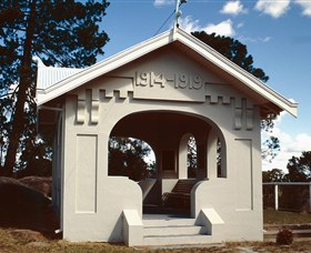 Stanthorpe Soldiers Memorial - Phillip Island Accommodation