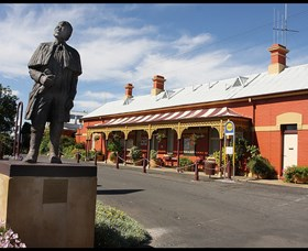 Forbes Railway Arts and Visitor Information Centre - Phillip Island Accommodation