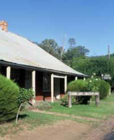 Lion of Waterloo Tavern - Phillip Island Accommodation
