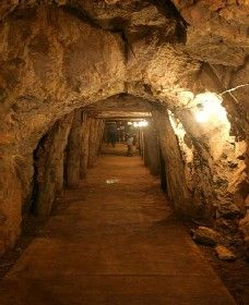 Wellington Caves and Phosphate Mine - Phillip Island Accommodation