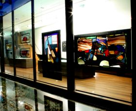 National Art Glass Collection - Phillip Island Accommodation