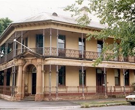Singleton Heritage Walk - Phillip Island Accommodation