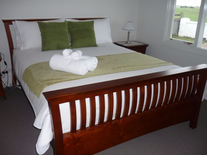 Calgary Accommodation  Killara Accommodation - Phillip Island Accommodation