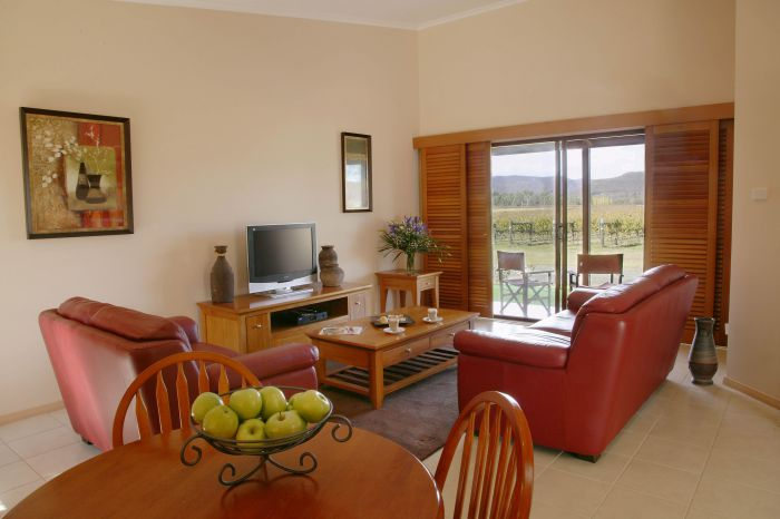 Nightingale Wines Luxury Villas - Phillip Island Accommodation