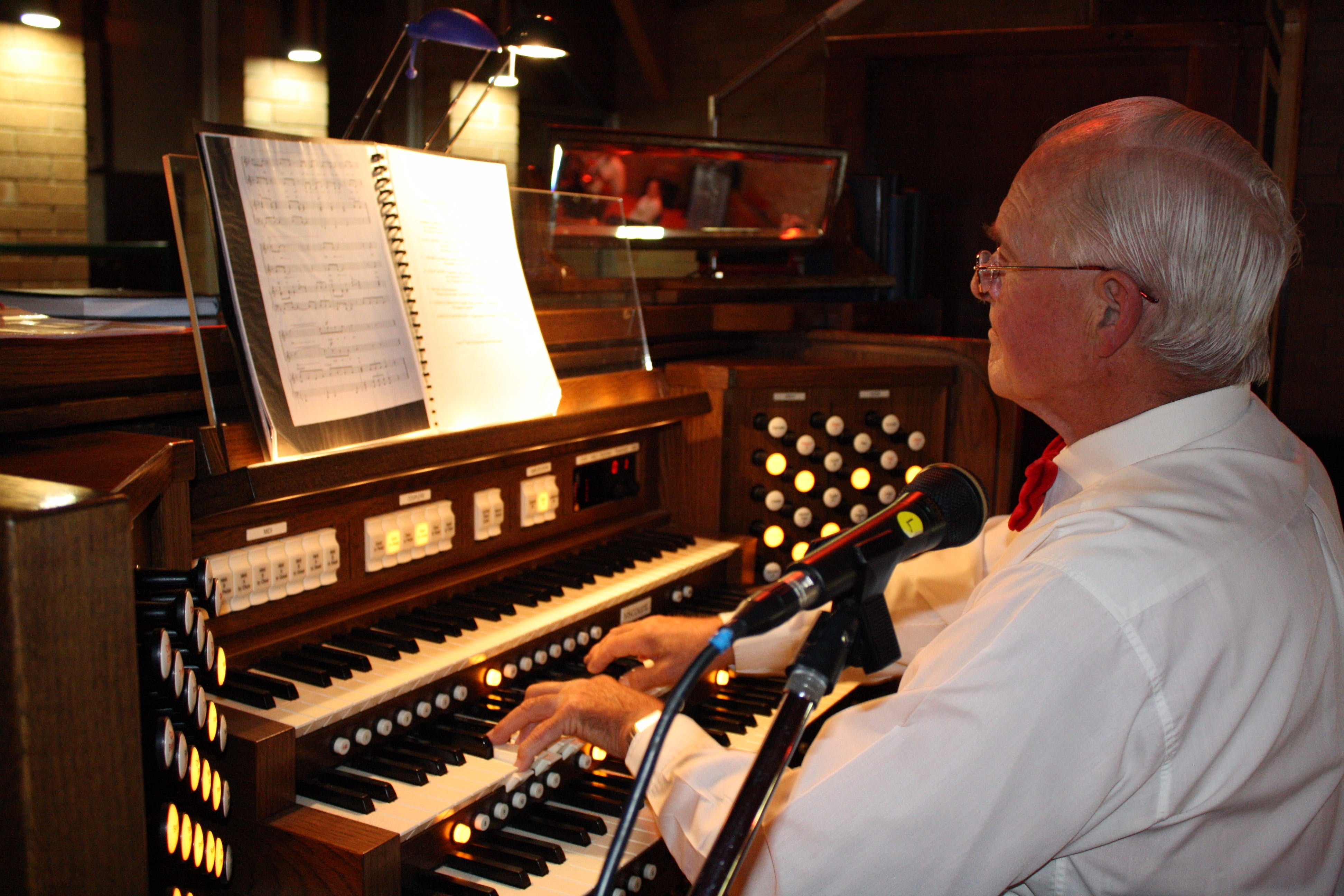 St Bartholomews Largest Digital Pipe Organ in the Southern Hemisphere - Phillip Island Accommodation