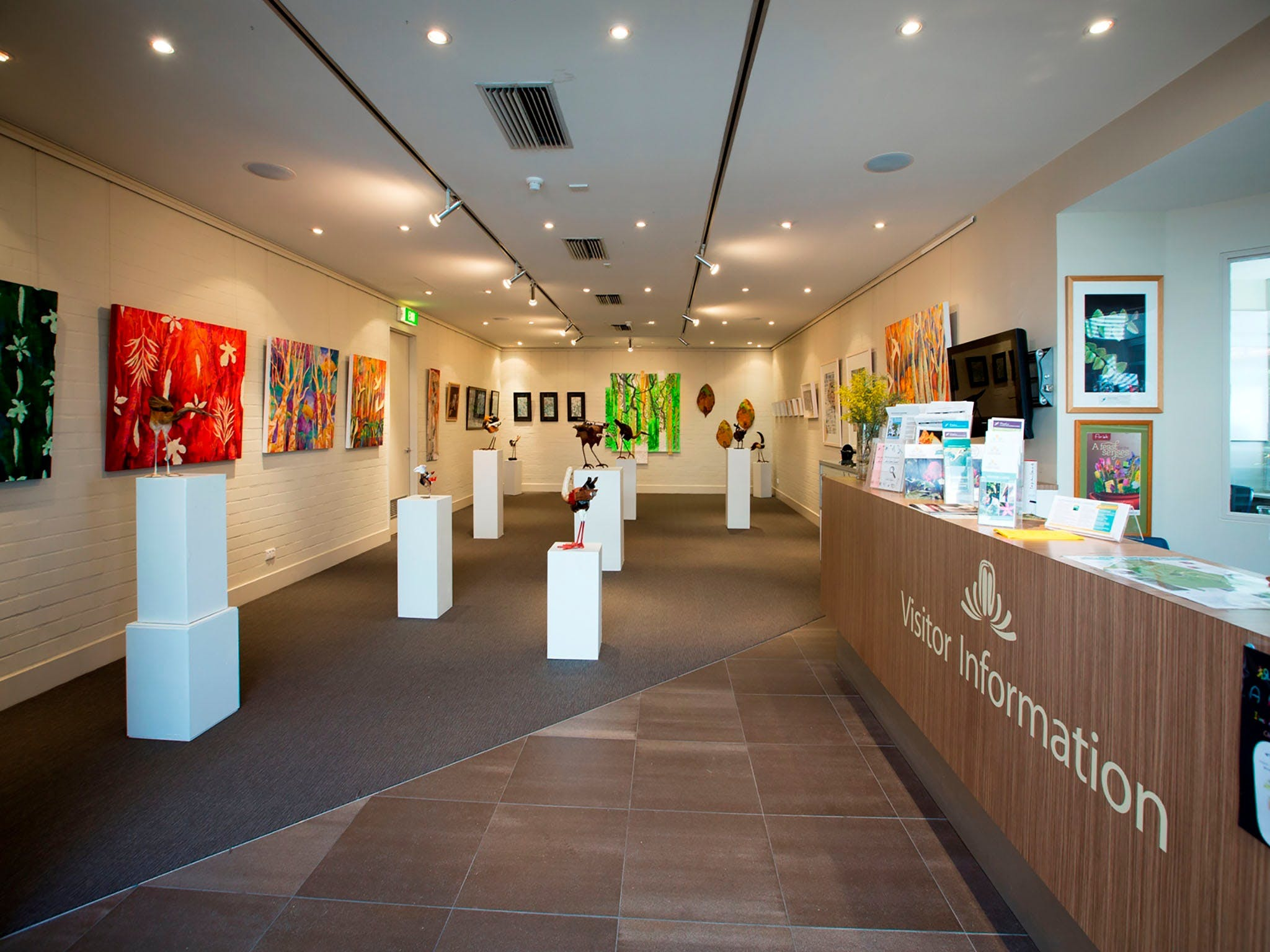 Australian National Botanic Gardens Visitor Centre Gallery - Phillip Island Accommodation