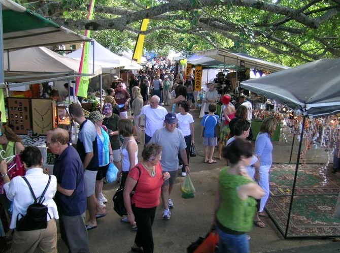 Eumundi Markets - Phillip Island Accommodation