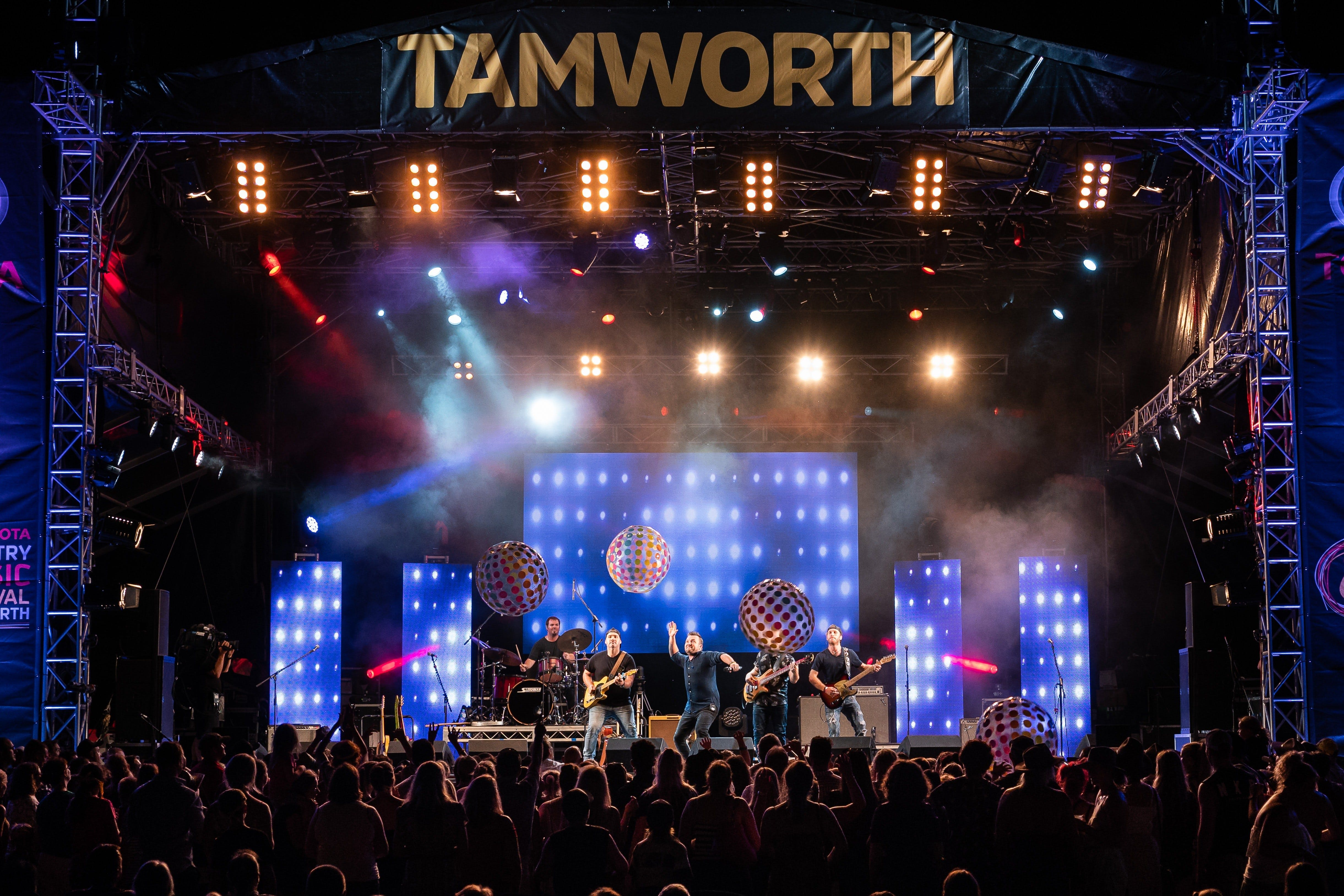 Toyota Country Music Festival Tamworth - Phillip Island Accommodation