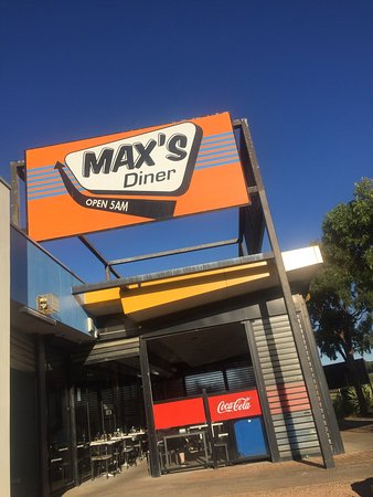 Max's Diner - Phillip Island Accommodation