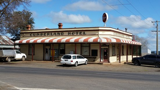 Cumberland Hotel - Phillip Island Accommodation