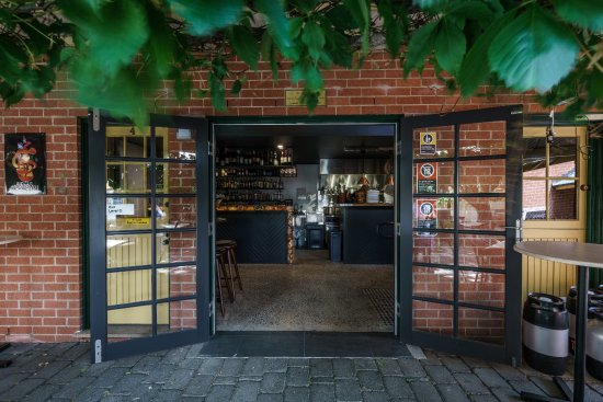 Vine And Tap - Phillip Island Accommodation