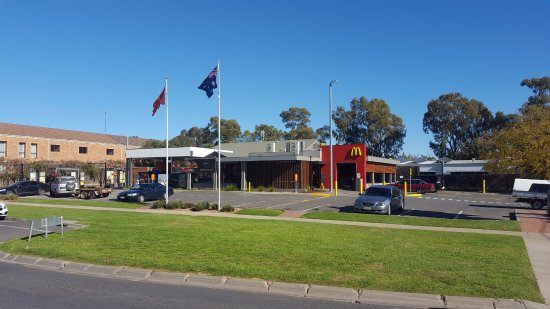 McDonald's Family Restaurants - Phillip Island Accommodation