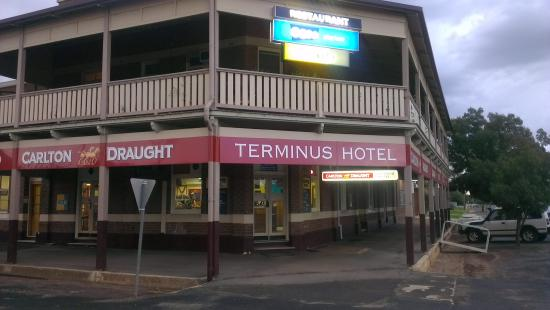 Terminus Hotel Temora - Phillip Island Accommodation