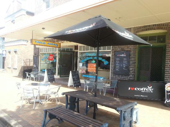 Tuck in Takeaway - Phillip Island Accommodation