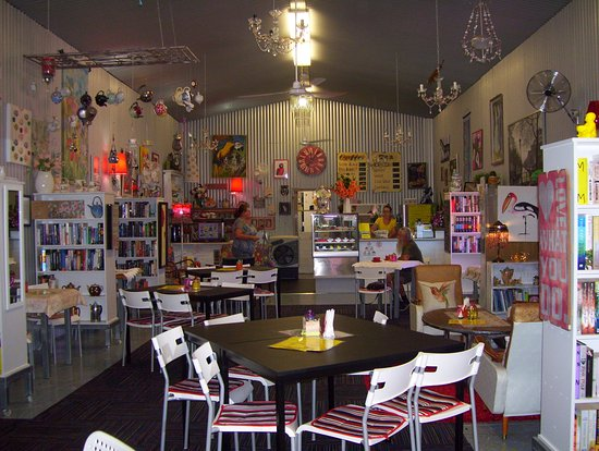 Noelene's Book Cafe - Phillip Island Accommodation
