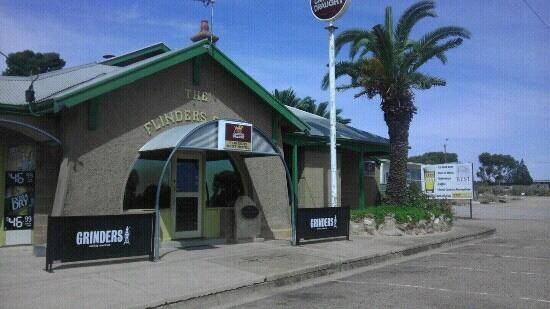 Flinders Rest Hotel - Phillip Island Accommodation