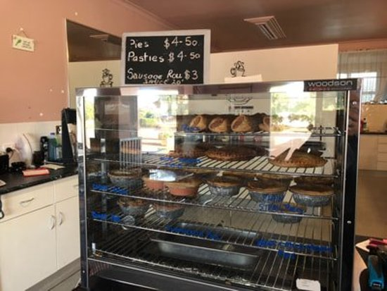 Golden Grain Bakery and Cafe - Phillip Island Accommodation