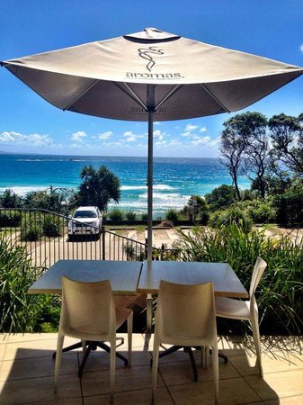 Manta Ray Bistro at Stradbroke Island Beach Hotel - Phillip Island Accommodation