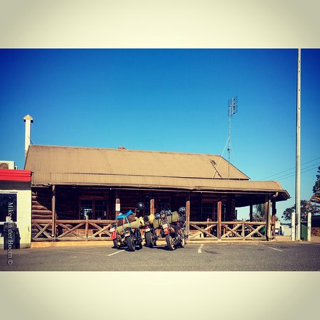 Gold Nugget Truck Stop - Phillip Island Accommodation