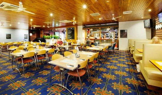 Coutts Commercial Tavern - Phillip Island Accommodation