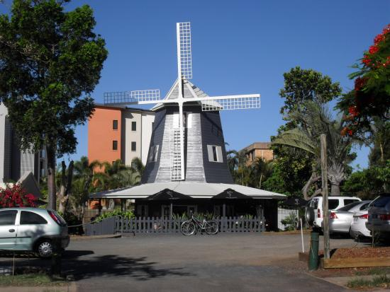 The Windmill Cafe at Bargara - Phillip Island Accommodation