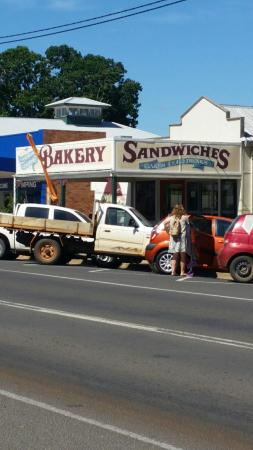 Gayndah Country Bakery - Phillip Island Accommodation