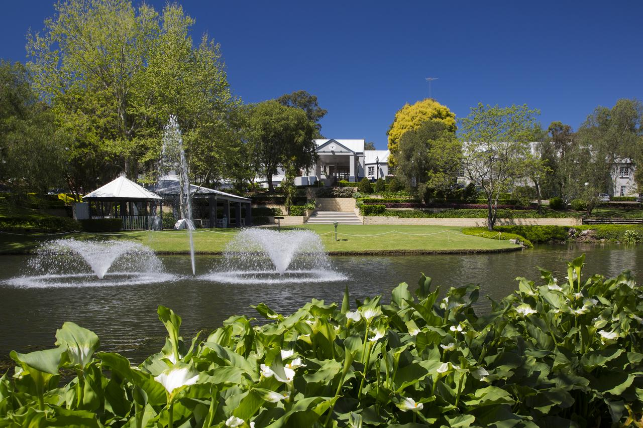 Crowne Plaza Hawkesbury Valley - Phillip Island Accommodation