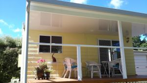 The Best Exotic Magnolia Cottage - Phillip Island Accommodation