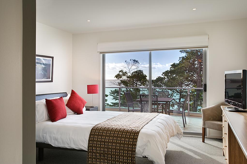 Waves Apartments - Phillip Island Accommodation