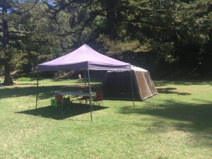 Basin Ku-ring-gai Campsite Set Up - Phillip Island Accommodation